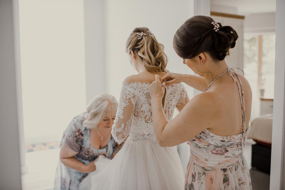 0020Natural Wedding Photography Dorset -_DSC2179