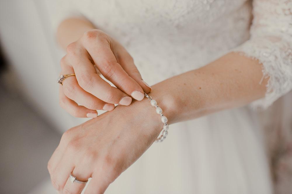 0022Natural Wedding Photography Dorset -_DSC2189