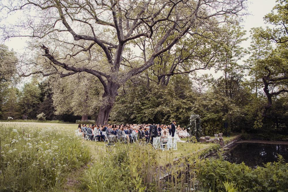 0036 Deans court lake side wedding -_DSC8581