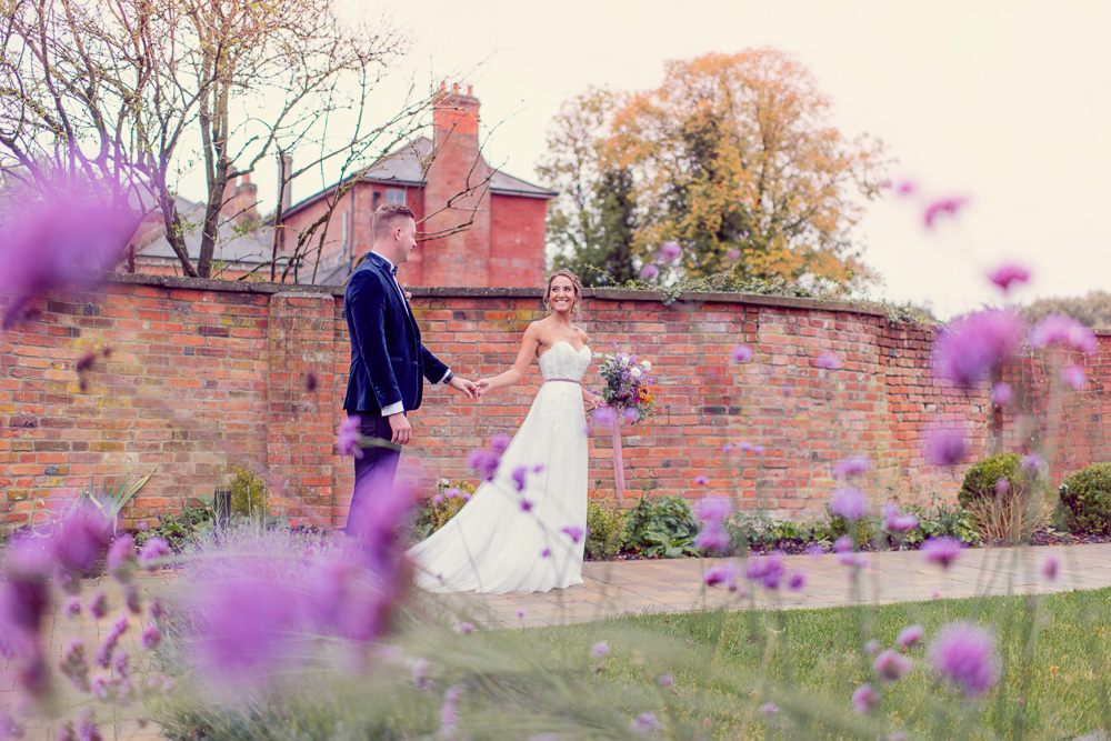 A Syrecot wedding in Wiltshire