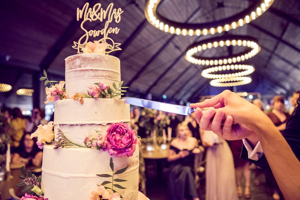 Syrencot wedding cake